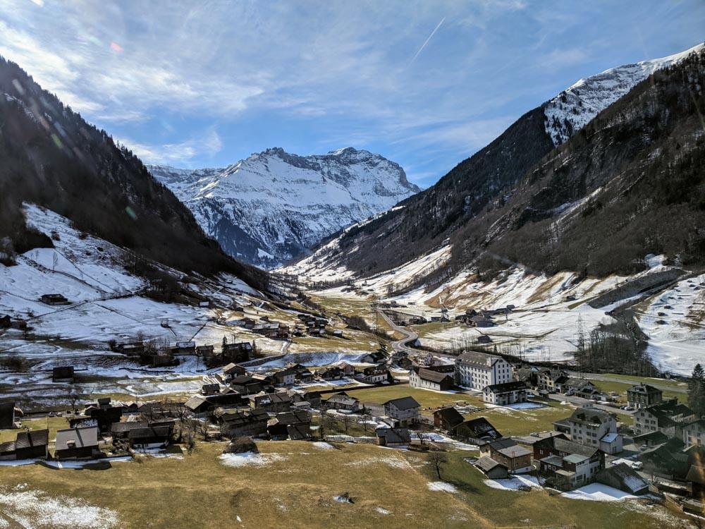 Snowshoe Hike Glarus Mattdorf Weissenberge