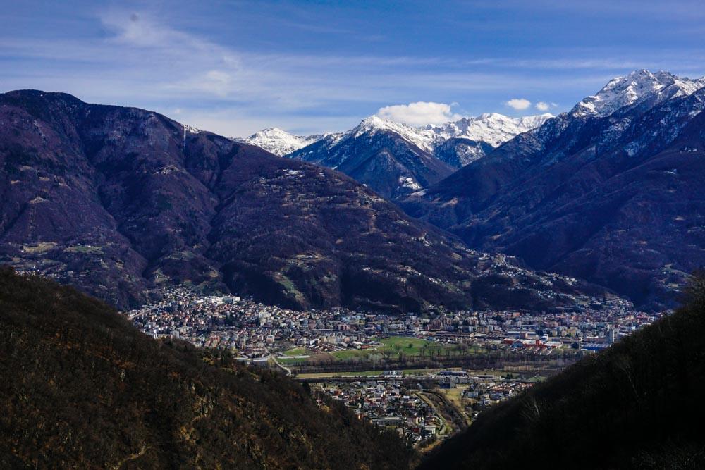 Tibetan Bridge Hike & A Minion in Ticino