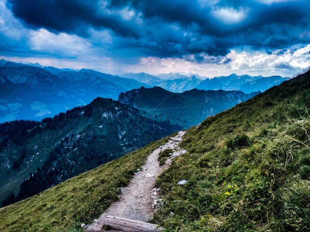 Stockhorn – A Knobbly Mountain and a Thunderstorm