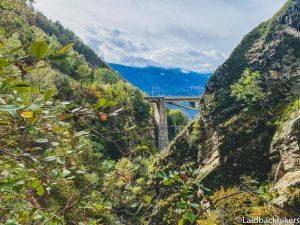 Baltschiedertal Valley: Hiking in Valais with bridges & a 1.5 km pedestrian tunnel