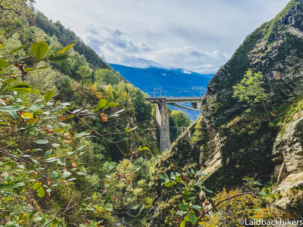 Read more about the article Baltschiedertal Valley: Hiking in Valais with bridges & a 1.5 km pedestrian tunnel