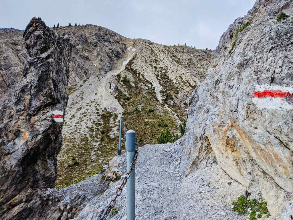 Il_Jalet_Graubunden_Hiking_Off_the_Beaten_Path