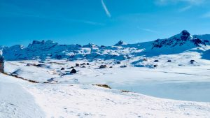 Read more about the article Bonistock: snowshoes and frozen lakes in Melchsee-Frutt